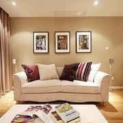 62平简约清新两居室欣赏客厅吊顶