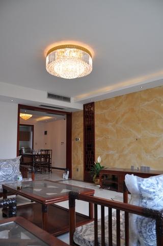 白色新中式风格住宅欣赏客厅效果