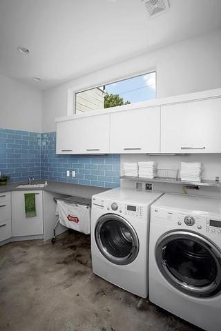 时尚现代风格装修套图洗衣房
