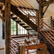 美式乡村木色别墅效果图楼梯间