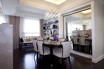 85平白色简欧住宅欣赏餐厅吊顶