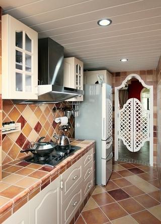 87平地中海三居室欣赏厨房橱柜