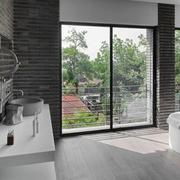现代开放式别墅卫生间