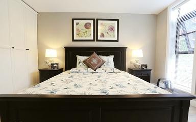 105平简约三居室住宅欣赏卧室照片墙