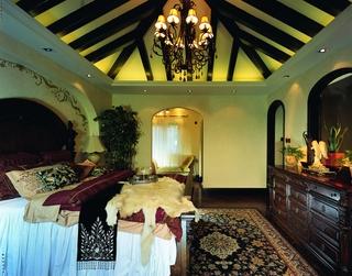 奢华东南亚装修卧室设计