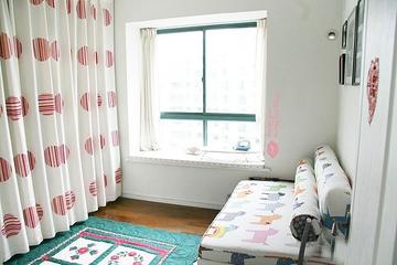白色简约省钱装修欣赏卧室飘窗