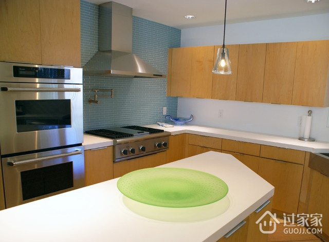 现代风三居室案例住宅欣赏厨房橱柜