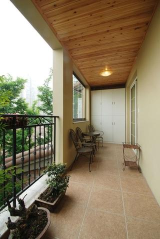 78平地中海复式楼欣赏阳台效果