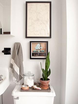 58平优雅个性住宅欣赏洗手间