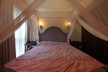 美式风三居室雅居欣赏卧室窗帘