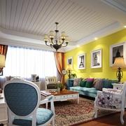 混搭风格客厅吊顶装修 多彩的家居生活