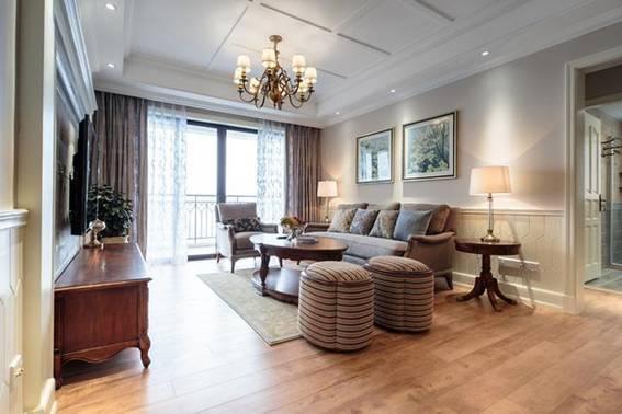 150平美式风格三居室,满意的是入户门的鞋柜