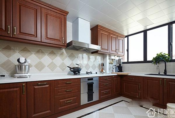任何的厨房都适用于吊顶吗?来看看这三个厨房吊顶误区吧!