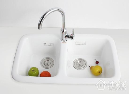 厨房水槽选什么材质?如何判断厨房水槽的优劣?