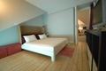 现代风格复式卧室背景墙