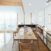 117平日式风格别墅欣赏餐厅陈设