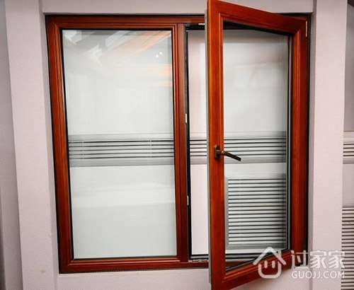 如何区分铝包木门窗和木包铝门窗?