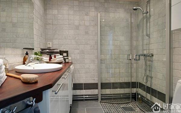 遵从瓷砖色彩搭配原则,卫生间瓷砖颜色选择肯定不会错