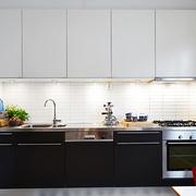 坐拥书墙的宜家两居室欣赏厨房