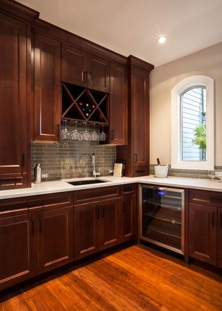 美式奢华别墅效果图欣赏厨房设计