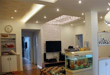 小户型房屋吊顶、地面、墙面应如何装修才不觉得压抑