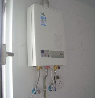燃气热水器,电热水器,空气能热水器安装注意事项图片