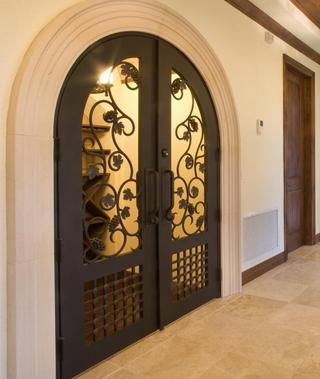 欧式别墅设计套图酒室