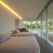 与森林呼应的现代风格欣赏客房