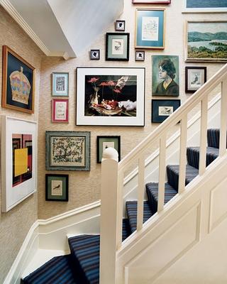 温馨田园风格复式住宅欣赏楼梯间