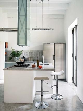简洁陈设宜家一居室欣赏厨房