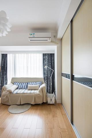 宜家风的卧室衣柜效果图 满满的个性时尚