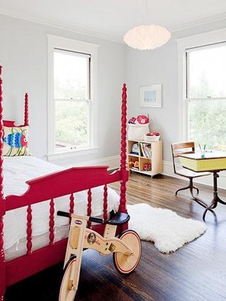 简约红色大三居欣赏卧室