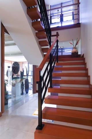 中式风格实景案例欣赏楼梯间