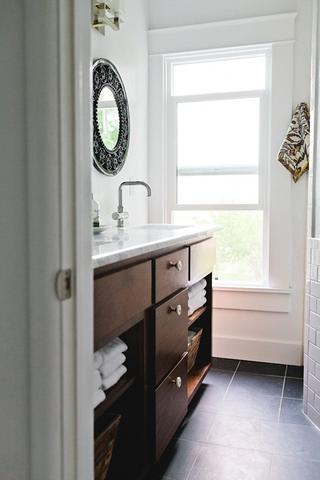 白色北欧小两居设计欣赏厨房吧台