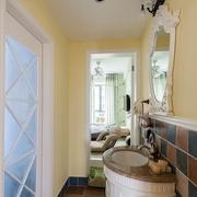 卫生间洗手盆装修效果图 清新田园生活