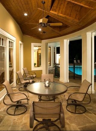 美式奢华豪宅欣赏阳台设计