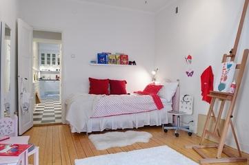 白色明亮北欧住宅欣赏卧室摆件