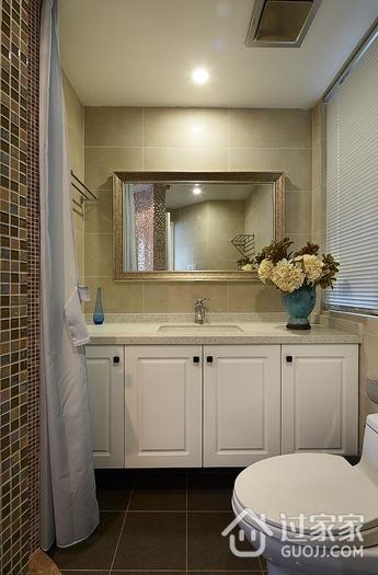 97平美式三居室欣赏卫生间吊顶