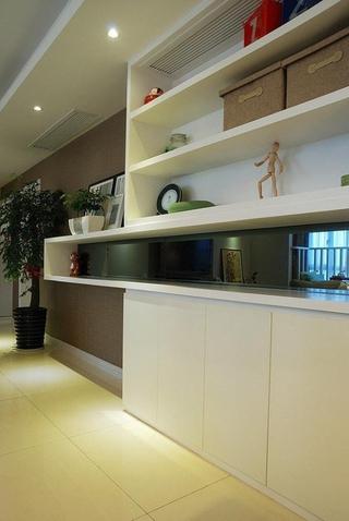 时尚餐厅酒柜设计效果图 89平简约三居室