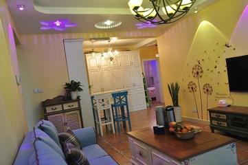 79平田园风三居室欣赏客厅灯饰