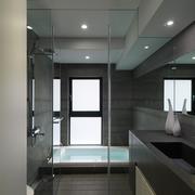 简洁明亮浴室浴缸效果图