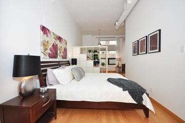 简约风格住宅装饰套图欣赏卧室