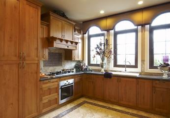 欧式风格复式别墅厨房设计