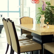 小两口婚房 简约餐厅餐桌效果图