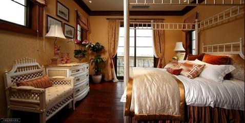 220平奢华美式别墅欣赏卧室局部