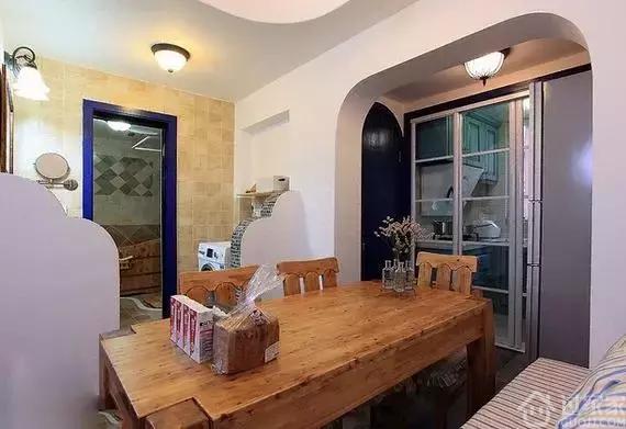 65平小户型地中海装修,榻榻米书房加卡座餐厅!