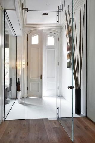 现代住宅装修效果图玄关