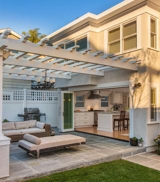 欧式别墅设计效果欣赏庭院