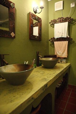 104平中式效果图欣赏洗手间设计