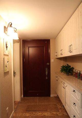 50平简约温馨loft玄关鞋柜设计